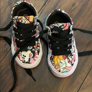 Kids size 7/8 Disney parks shoes